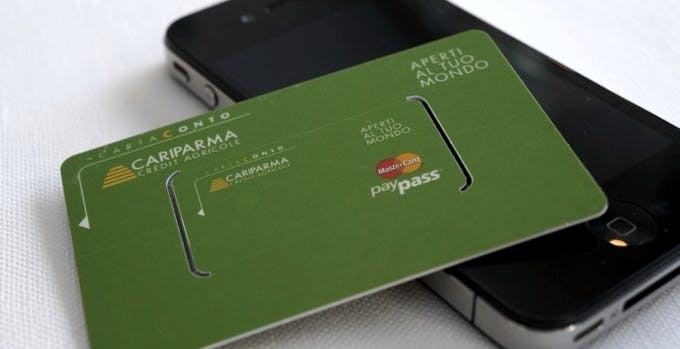 Cariparma lancia Paysmart Cartaconto, come l'NFC ma senza NFC