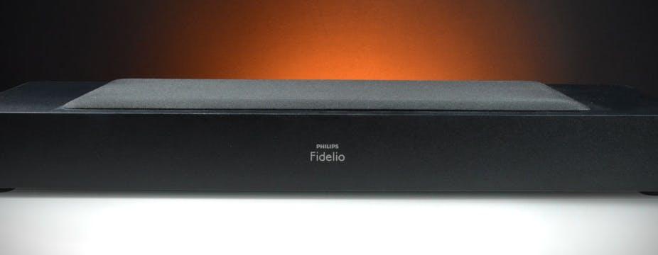 Philips Fidelio XS1, in prova il diffusore per TV con il subwoofer piatto