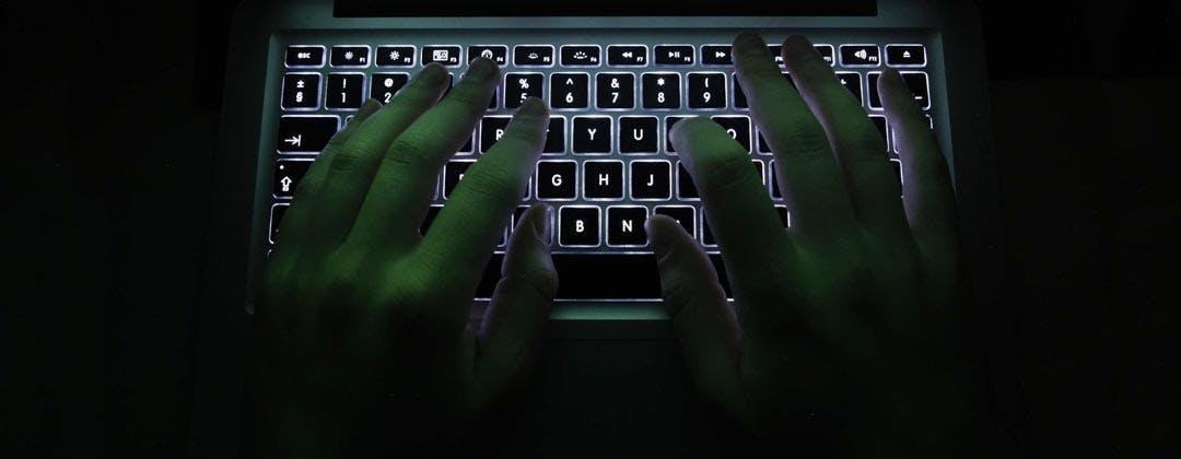Hacking Team a nudo: cosa faceva, come intercettava e cosa succederà adesso