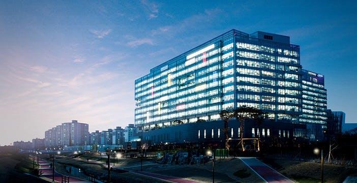 Samsung inverte la rotta: previste vendite e profitti in salita