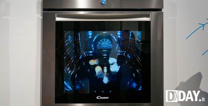 Forno Candy WTC: niente vetro frontale ma uno schermo. I cibi li vedi in video