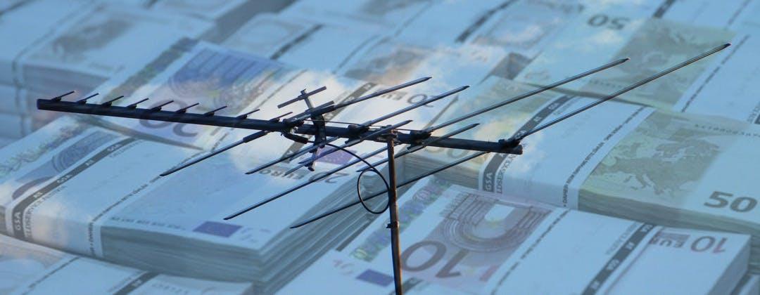 Chi paga lo switch off: passare a DVT-2 e HEVC nel 2020 ci costerà 4 miliardi di euro