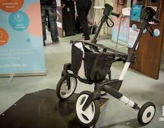 Ello, il carrello: ecco il deambulatore smart e motorizzato che supera salite e gradini
