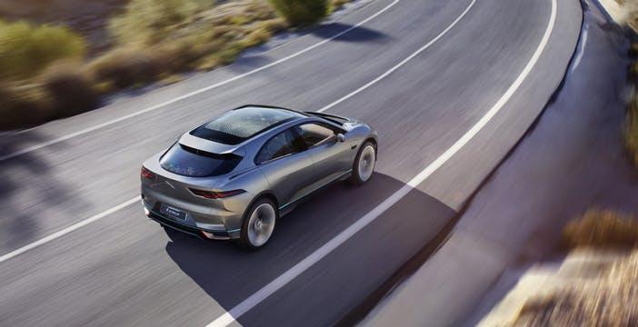 Anche Jaguar nel mondo delle supercar elettriche: arriva I-Pace