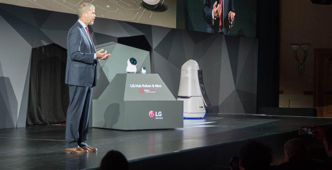 Ci sono due robot in casa LG, piccoli e scattanti: Hub e Hub Mini
