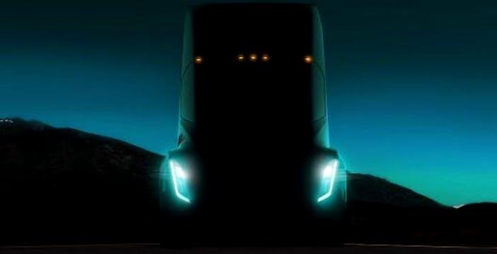 Tesla: il camion del futuro è già in circolazione