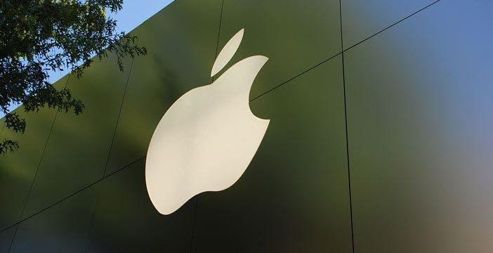 Apple, trimestrale record: iPhone è la sicurezza, Servizi e iPad le sorprese