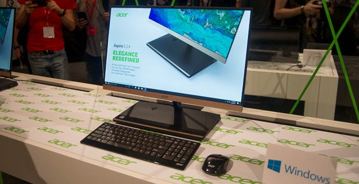 Acer Aspire S24, l'all-in-one elegante che ricarica wireless gli smartphone