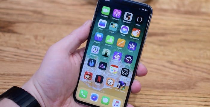 Porta USB bloccata in iOS 12? Gli hacker hanno già trovato il modo di fregare Apple