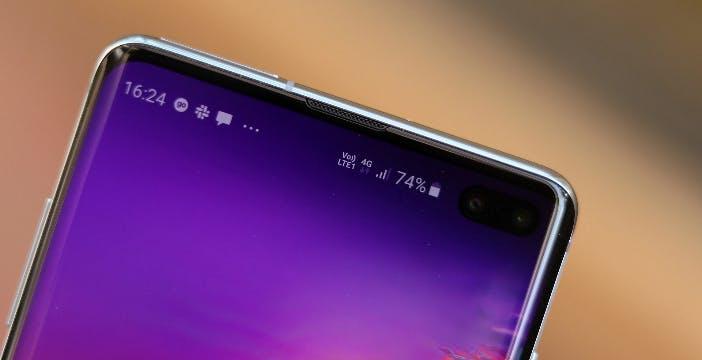 Galaxy S10, la batteria dura di più con l'aggiornamento di aprile