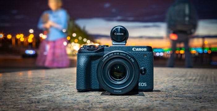 La Canon EOS M6 Mark II sembra la mirrorless perfetta per uno youtuber