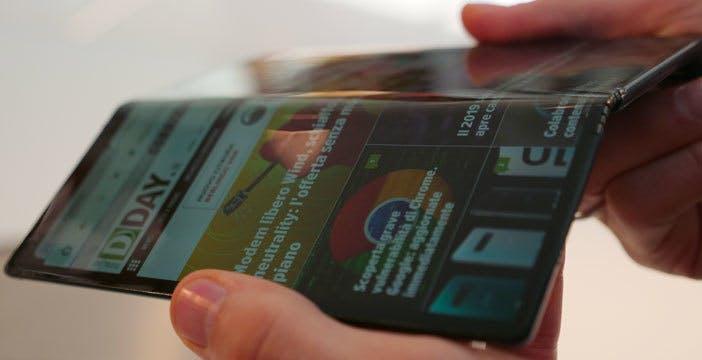 Huawei Mate X potrebbe arrivare in Europa con schermo e cerniera migliorati