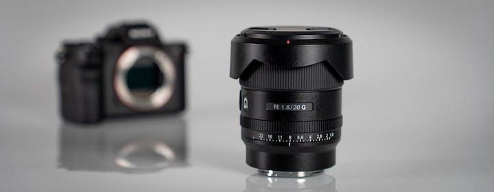 La prova della nuova ottica Sony 20mm F1.8: il nirvana dei paesaggi e dei video in interni