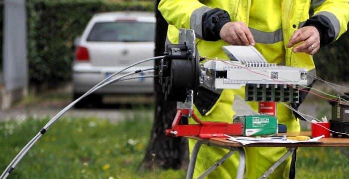 TIM e Infratel accelerano per accendere la fibra nelle aree bianche. La lista dei Comuni