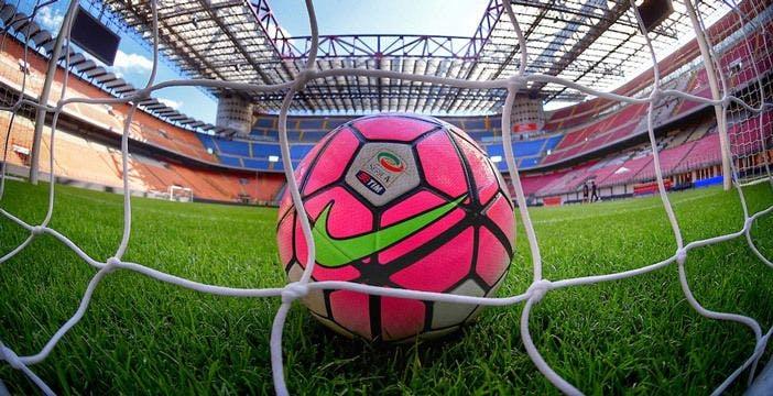 Scontro sui diritti TV della Serie A: la Lega vuole i soldi, Sky e DAZN vogliono trattare