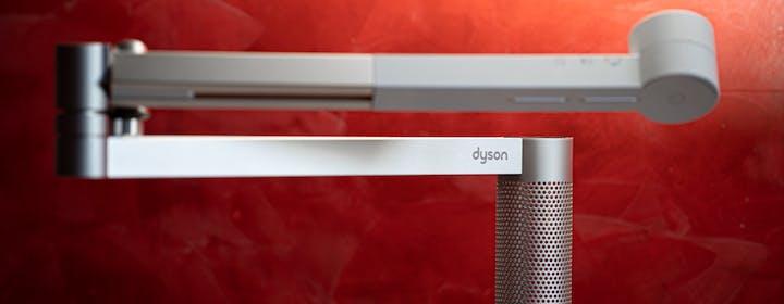 Recensione Dyson Lightcycle Morph: la luce da tavolo che vorrai usare anche di giorno