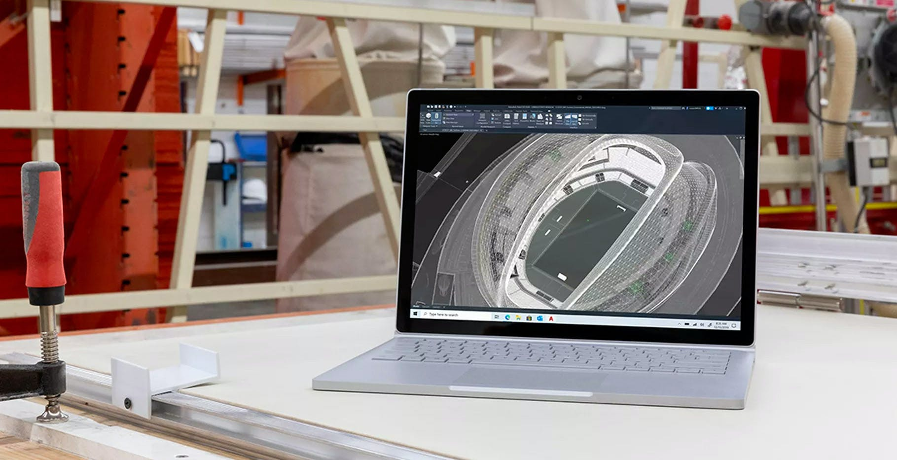 A tutto Surface: Microsoft annuncia Surface Go 2 e Surface Book 3. In Italia anche le Surface Headphones 2 e Earbuds