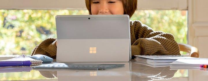 Surface Go 2 è il notebook perfetto con il prezzo sbagliato