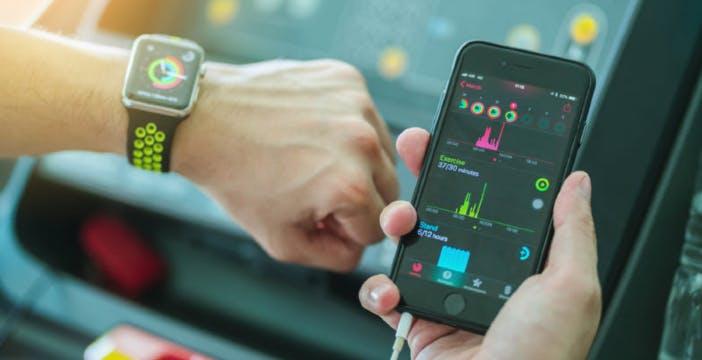Gli Smartwatch crescono del 20% con la pandemia. Merito delle funzioni legate al benessere