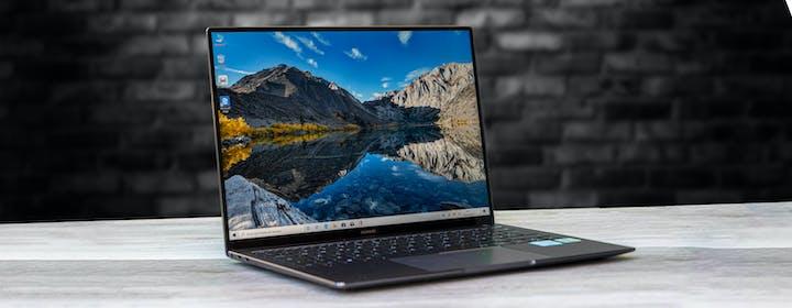 Huawei Matebook X Pro 2020, recensione. Costa tanto, ma rispetto agli altri ha qualcosa in più