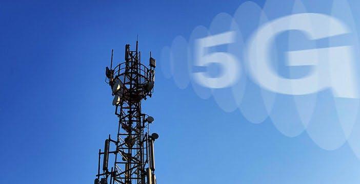 """Troppi Comuni vietano il 5G, l'ANCI ribadisce: """"Nessun rischio per la salute"""""""