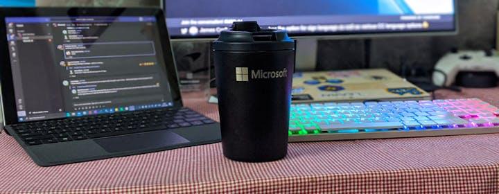 "Developer, Developer. Microsoft torna alle origini. E Windows è sempre più ""linux"""