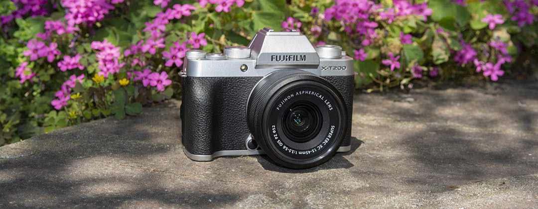 Recensione: Fujifilm XT-200, la mirrorless entry level che scatta benissimo in ogni situazione