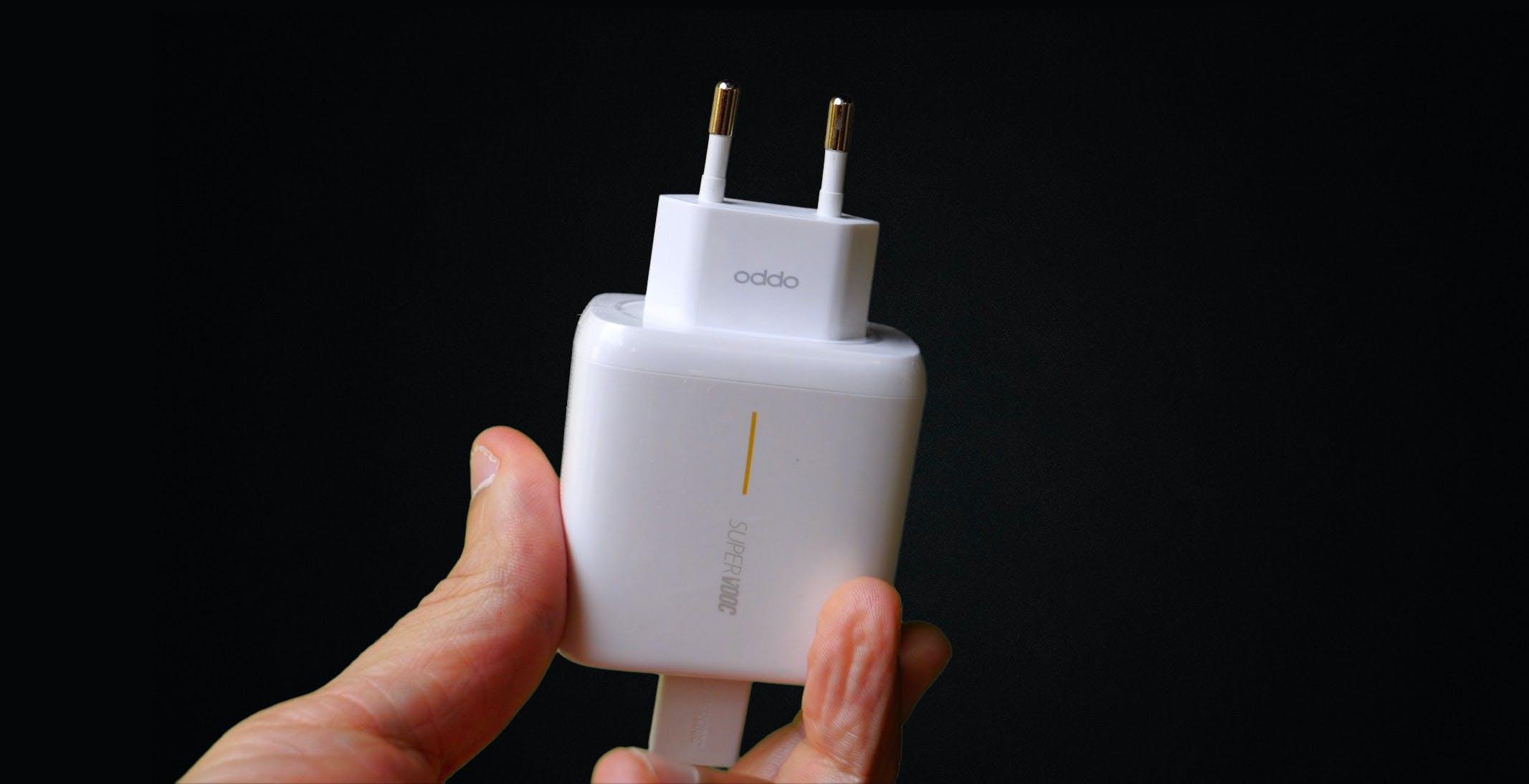 La ricarica rapida rovina la batteria del telefono? Oggi parte un test per capirlo