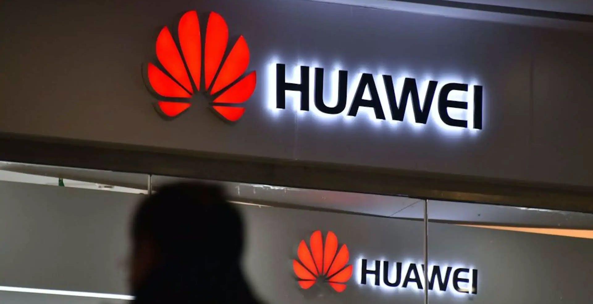 Huawei, Regno Unito verso il ban per il 5G. La Francia sconsiglia le apparecchiature cinesi