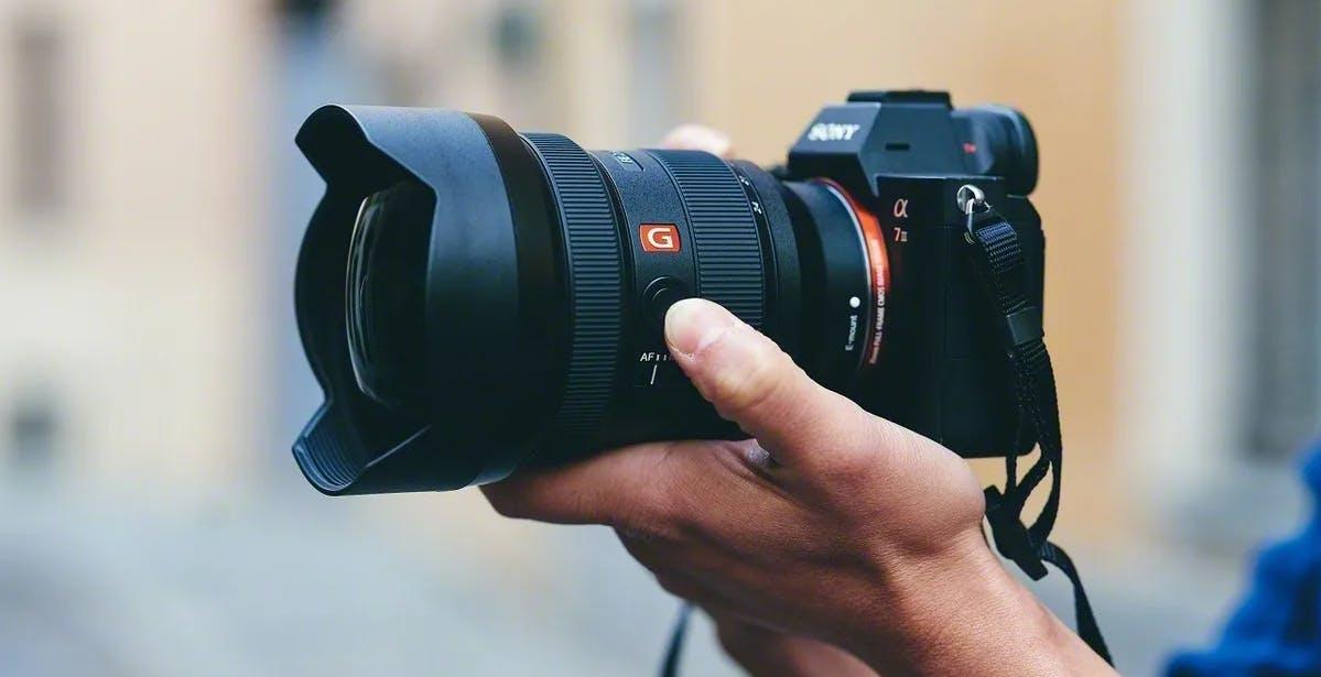 FE 12-24 mm F2.8 GM, Sony amplia la gamma di zoom G Master