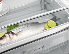 AEG, i nuovi frigoriferi free standing da 510 litri. La promessa: conservare più cibo, più a lungo