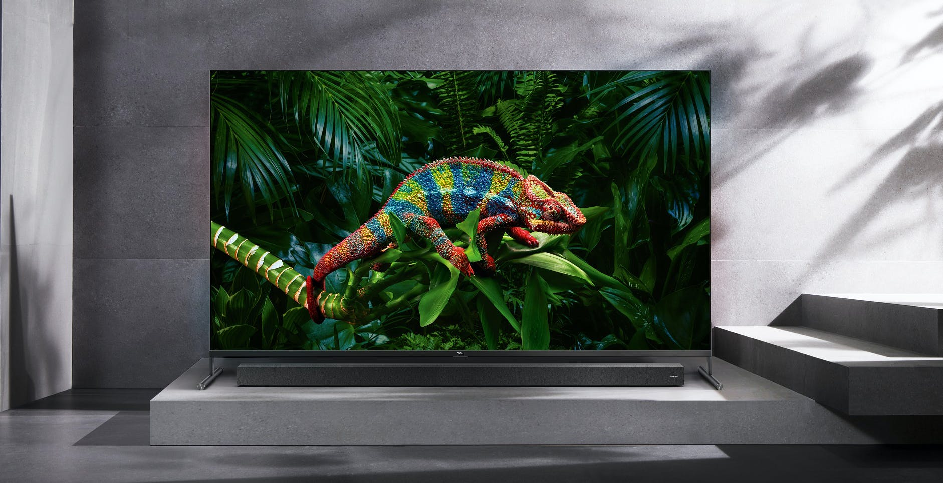 TCL annuncia la disponibilità in Italia della serie di TV QLED 8K X91