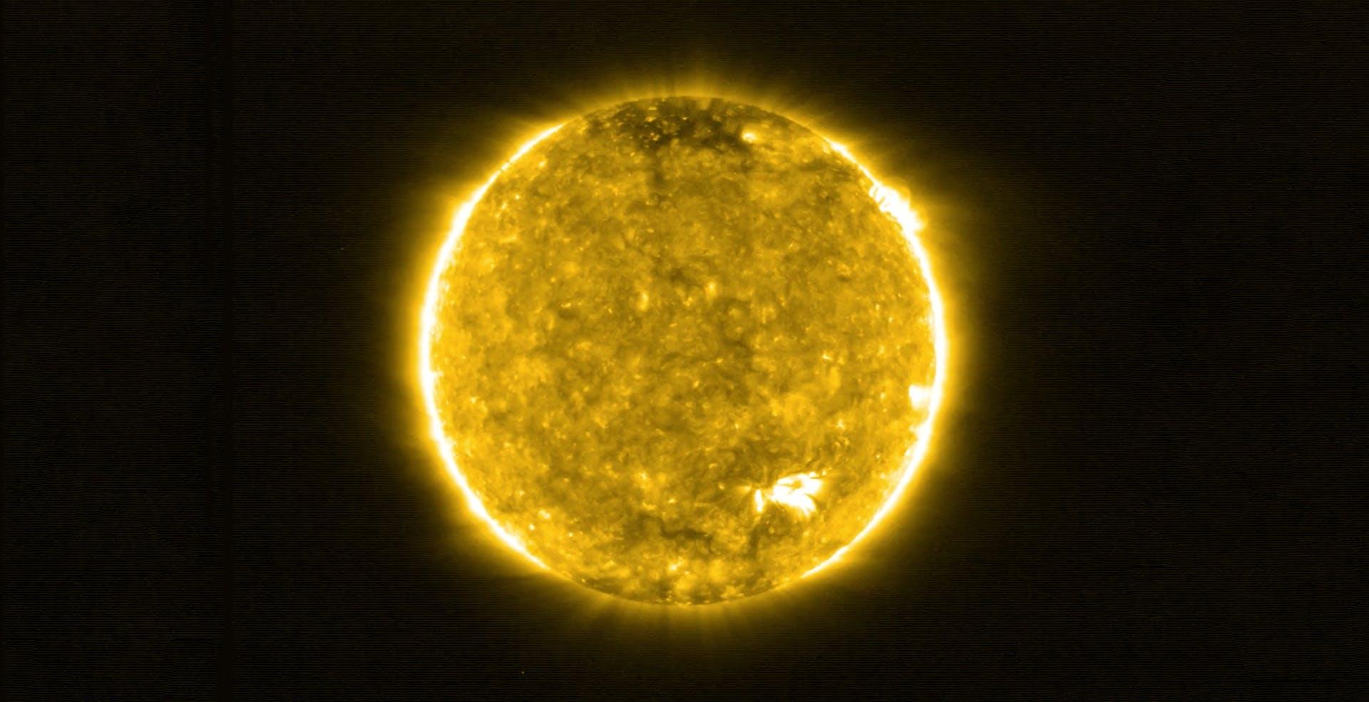 Il Sole mai visto da così vicino: Solar Orbiter scopre esplosioni che ricoprono tutta la superficie