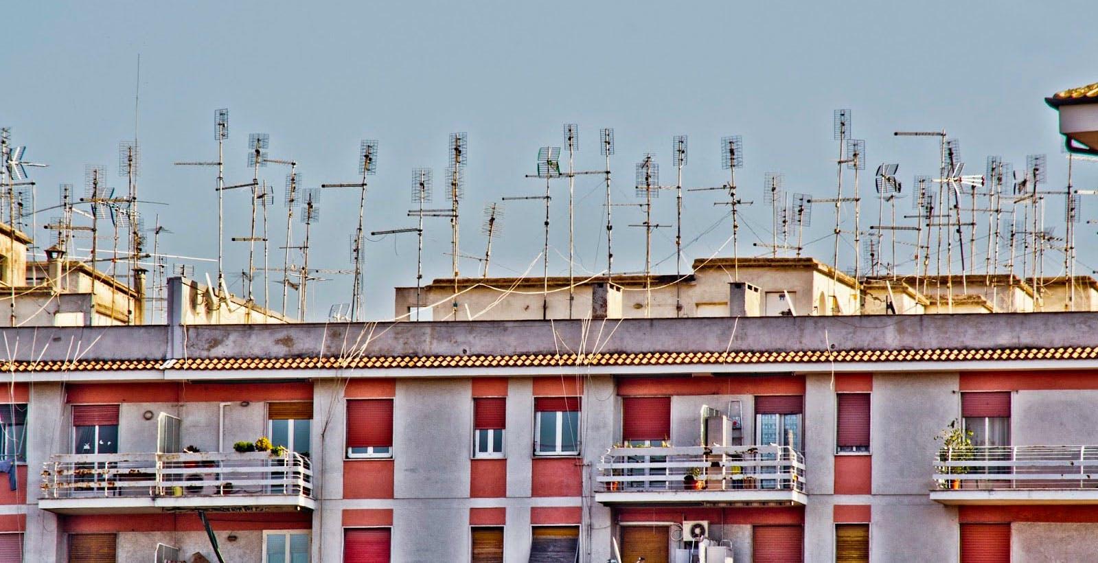 La RAI non fa informazione sullo switch-off e disattende il Contratto di Servizio. E il MiSE e l'AGCOM muti