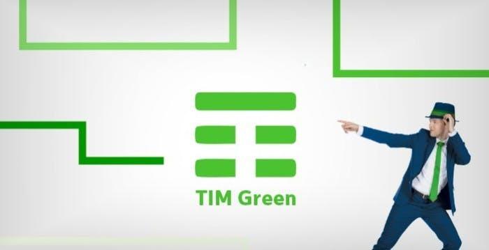 """TIM, svolta green: arrivano le SIM con plastica riciclata. L'operatore sarà """"carbon free"""" entro il 2030"""