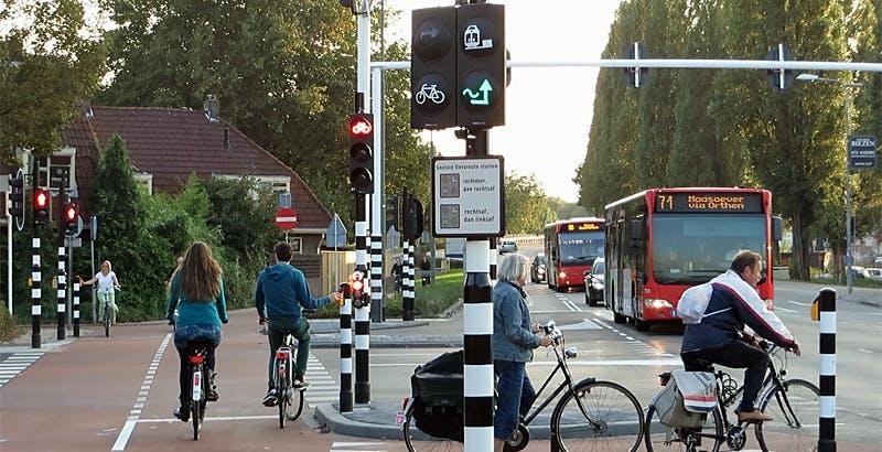 In Olanda, hacker trovano il modo di controllare i semafori da remoto