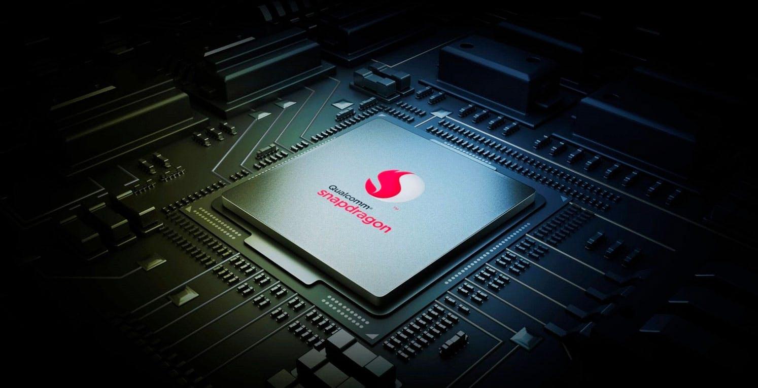 Trovate 400 falle nei processori Snapdragon: miliardi di smartphone possono essere trasformati in microspie o bloccati