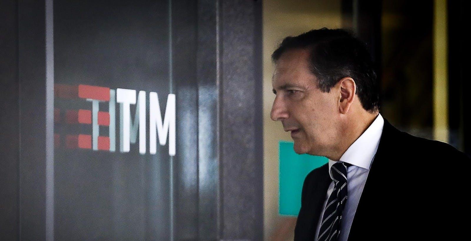 """Rete unica, TIM insiste: """"Mai sotto il 50,1% della nuova società"""". Gubitosi bersaglia Open Fiber: """"In ritardo di tre anni"""""""