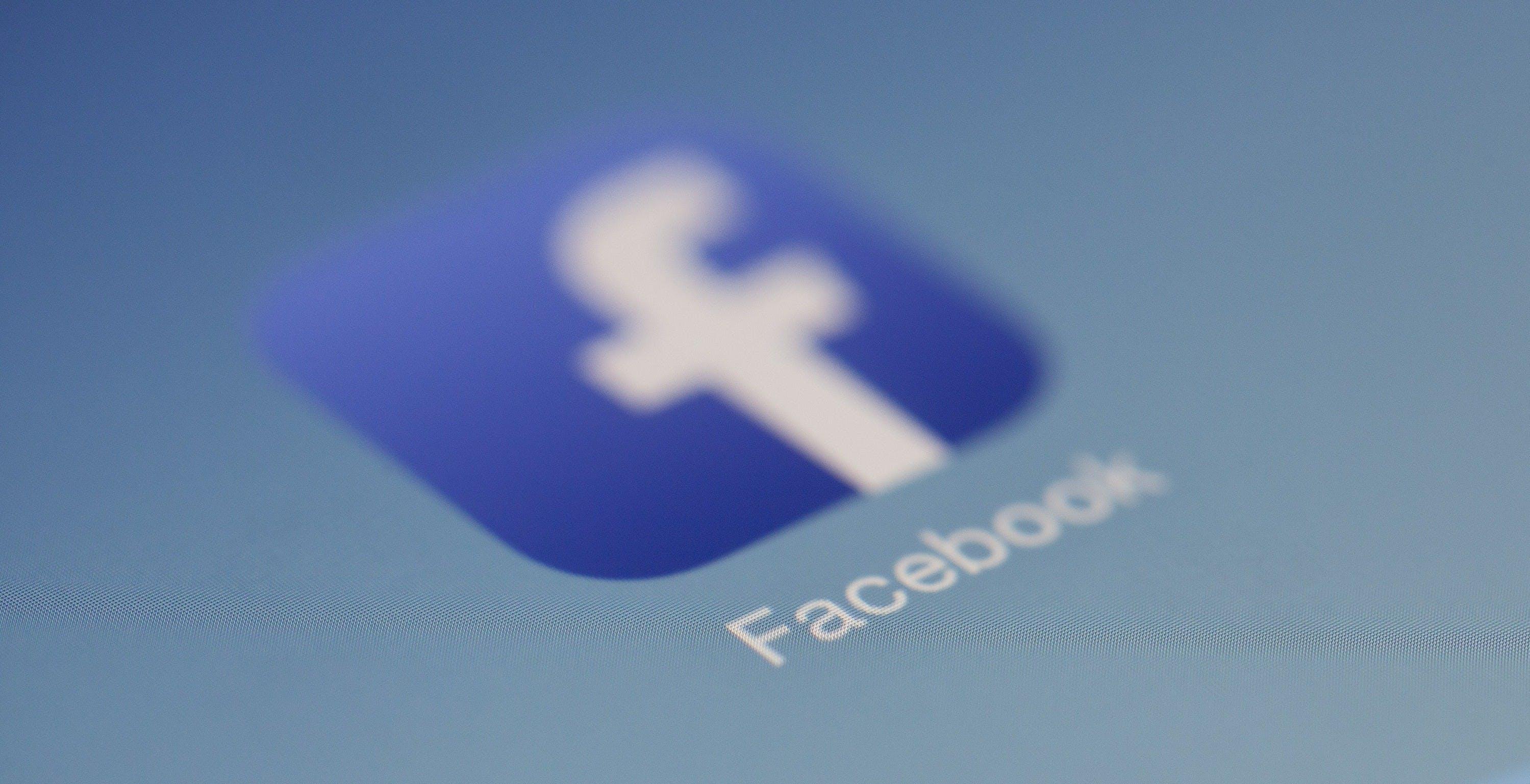 Come fare i backup delle foto caricate su Facebook se vuoi chiudere l'account