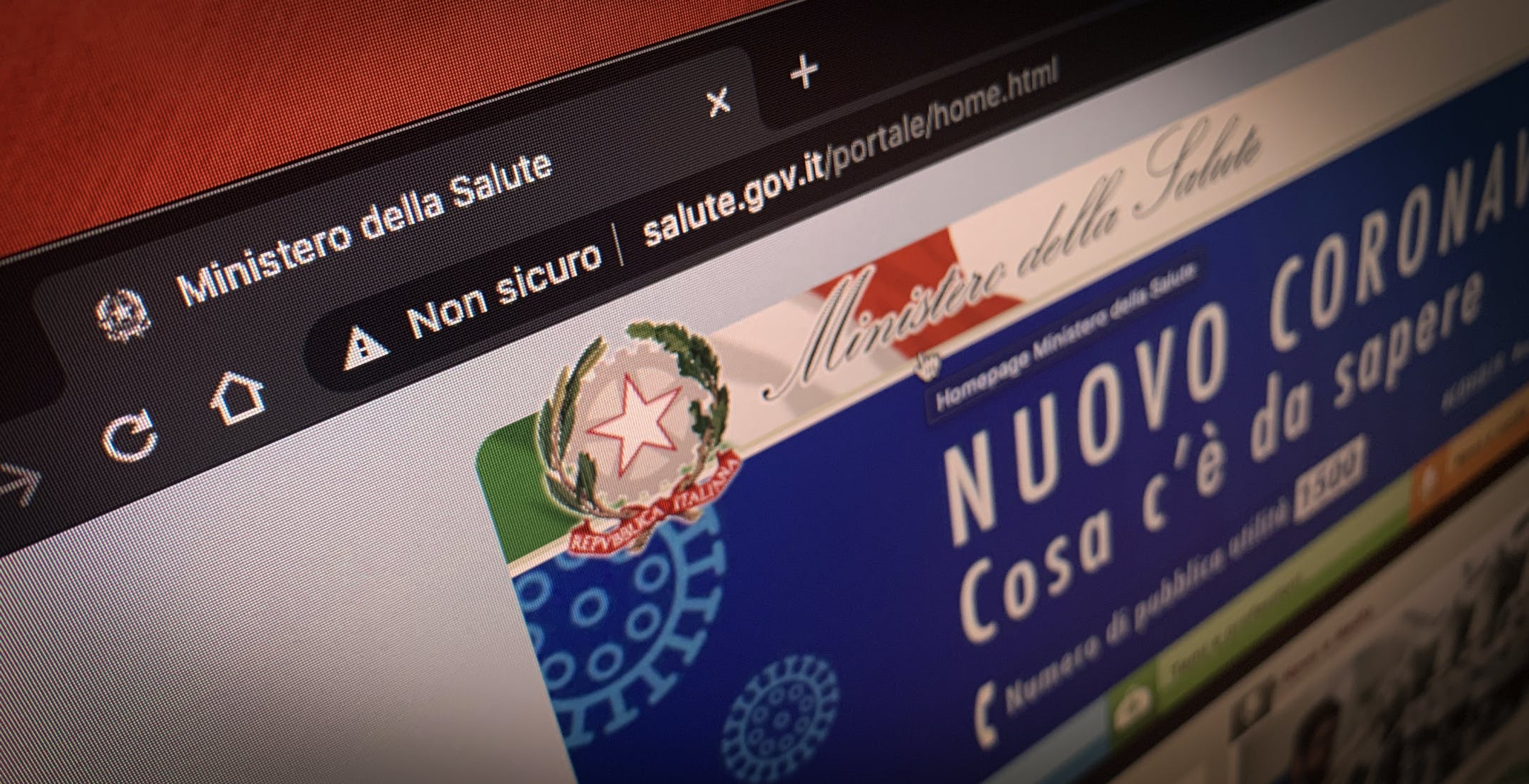 """Editoriale - La sciatteria informatica del Ministero della Salute: nel 2020 il sito ufficiale è """"non sicuro"""""""