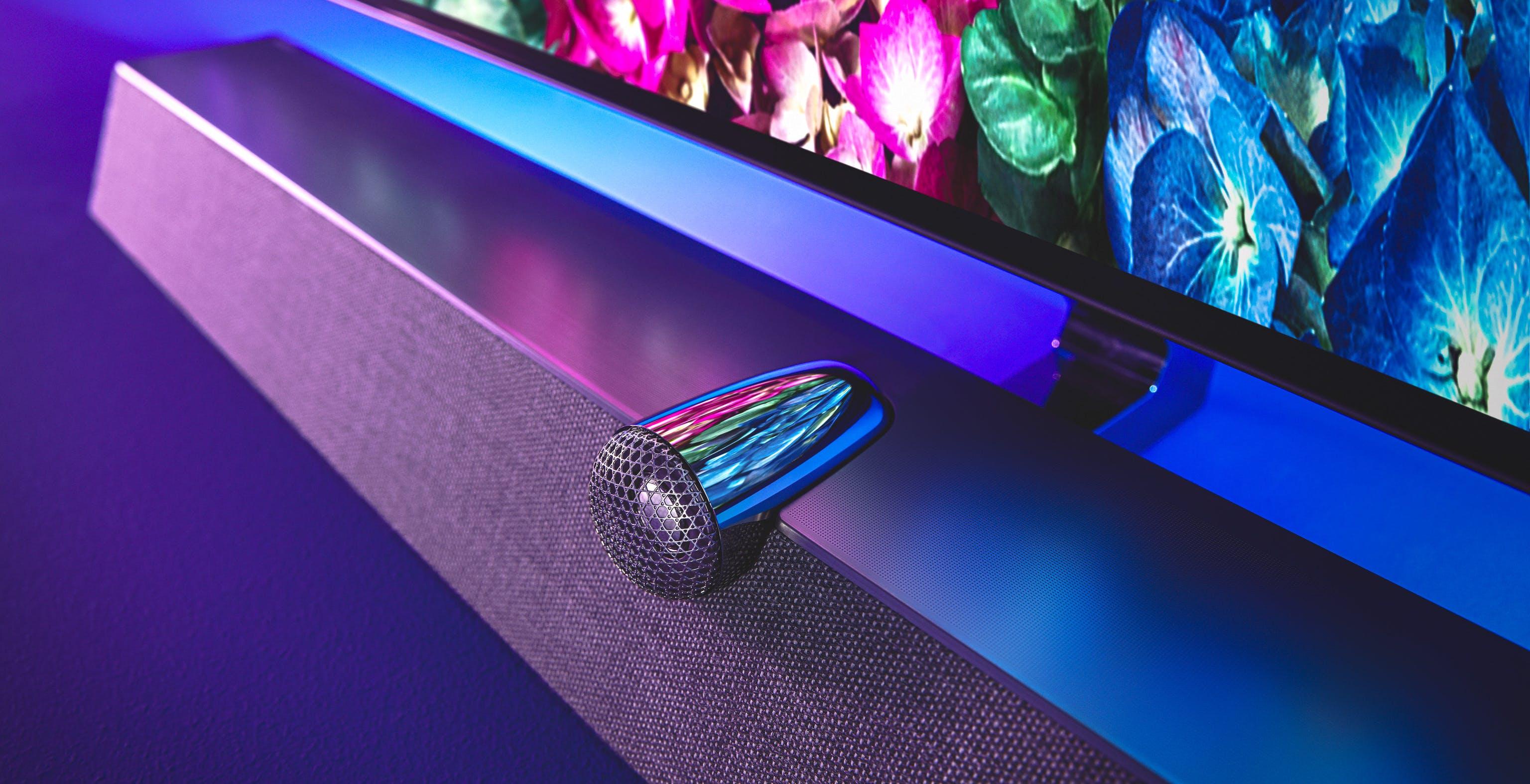 Philips OLED+935 è l'OLED che non si stampa con un audio da paura