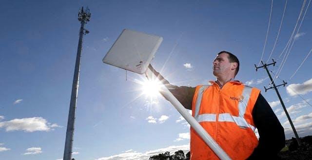 Altro che fibra: entro il 2022, il 28% della copertura Banda Ultralarga nelle aree nere e grigie sarà wireless