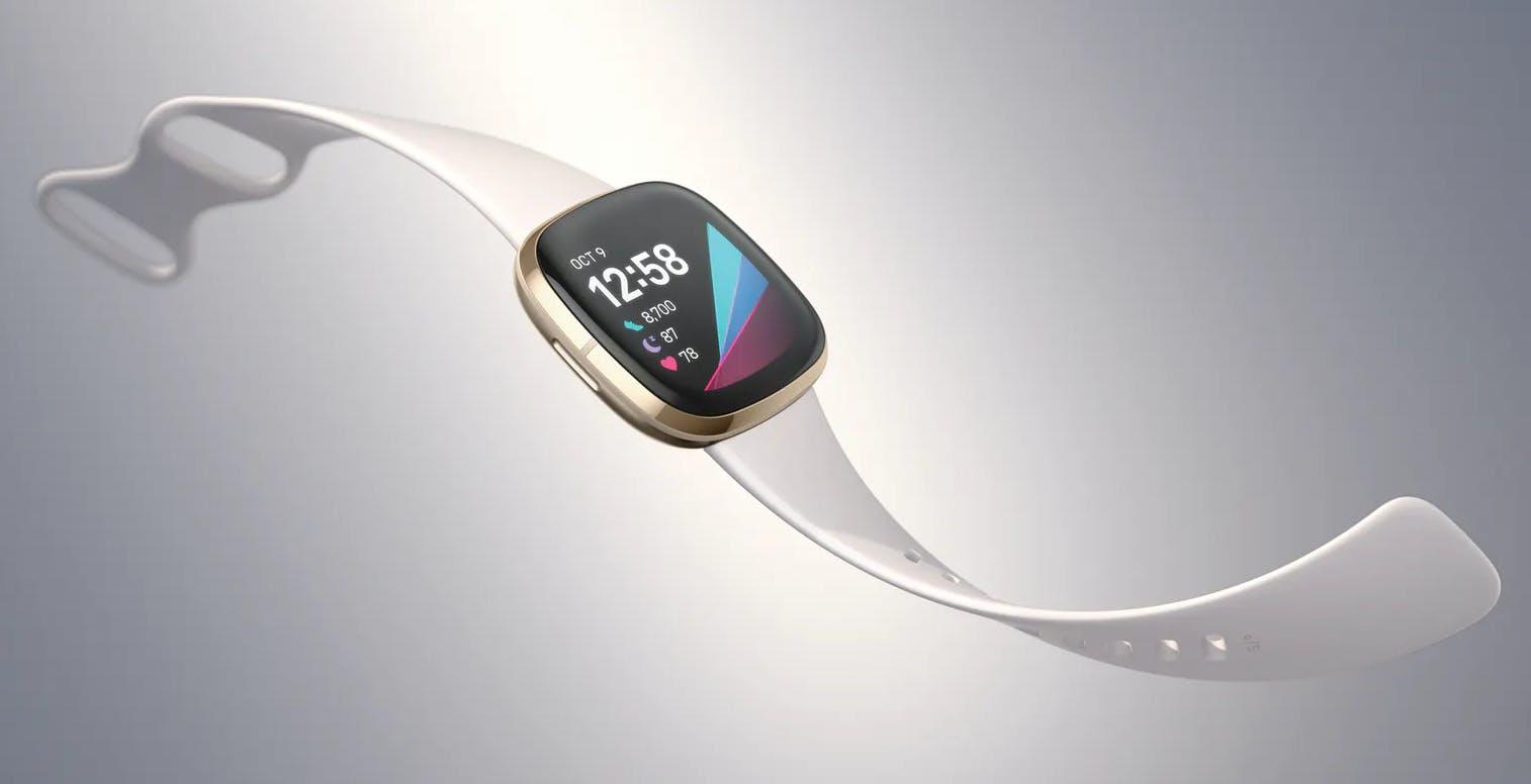 Fitbit come Apple Watch, potrà rilevare la fibrillazione atriale. Ottenuta la certificazione in Europa e USA