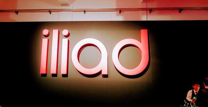 Ecco Iliad Flash 100: 100 giga a 9,99€ al mese per tutti, ma solo fino al 15 ottobre