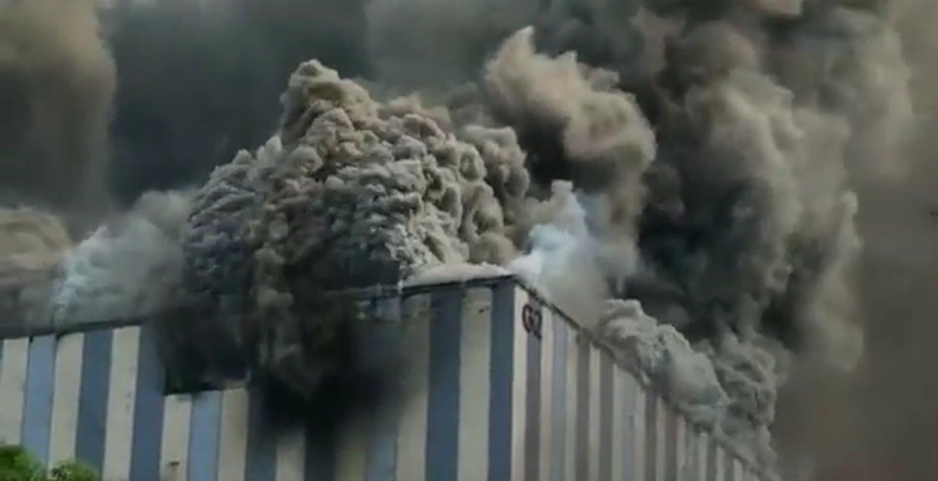 Un laboratorio di ricerca di Huawei in Cina è in fiamme