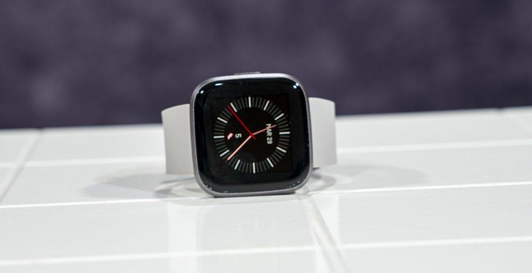 """Google compra Fitbit: l'Unione Europea è pronta a dire """"sì"""""""