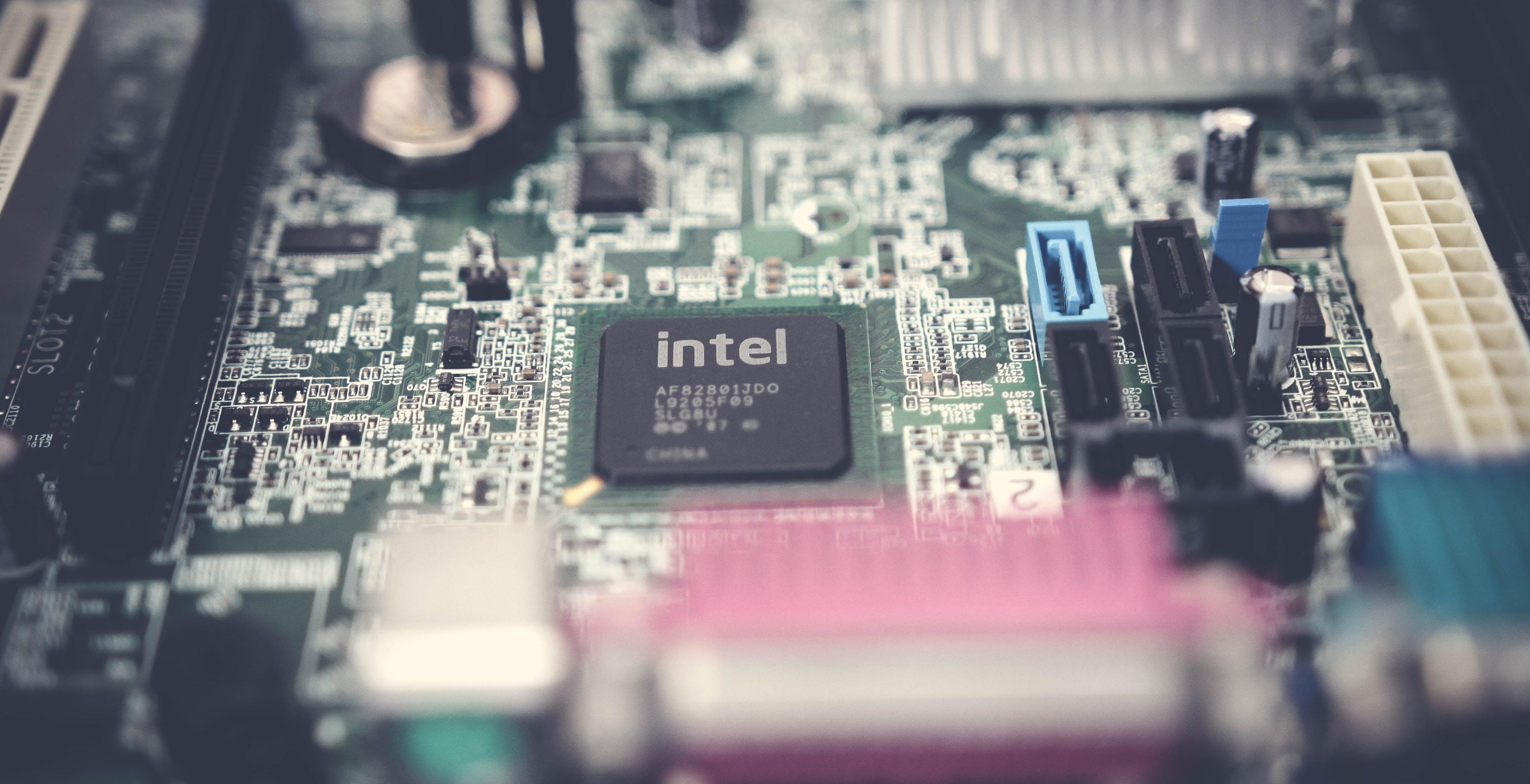 Intel conferma: i processori Rocket Lake arriveranno entro marzo 2021