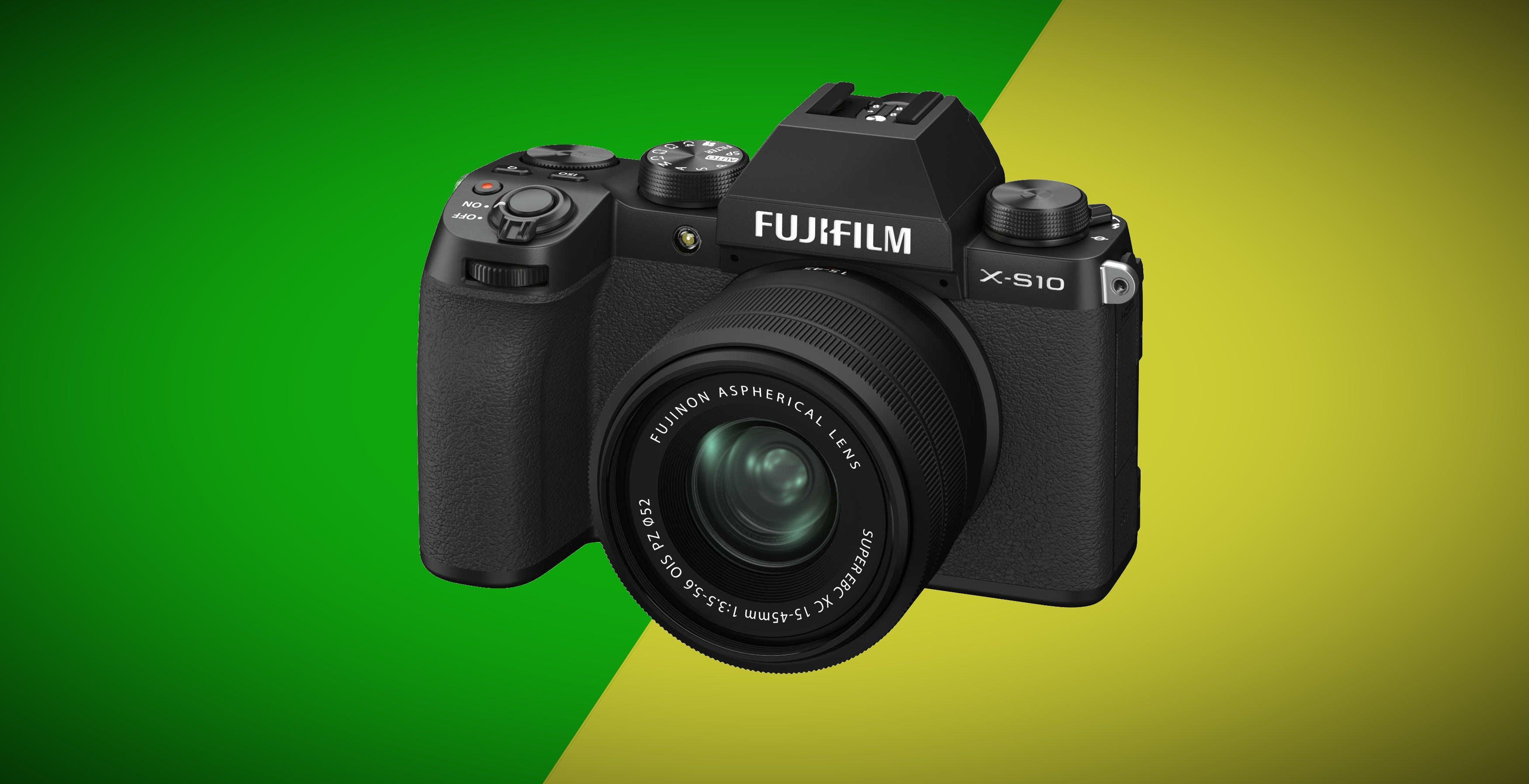 Ecco Fujifilm X-S10, leggerissima, facile da usare e con stabilizzatore sul sensore