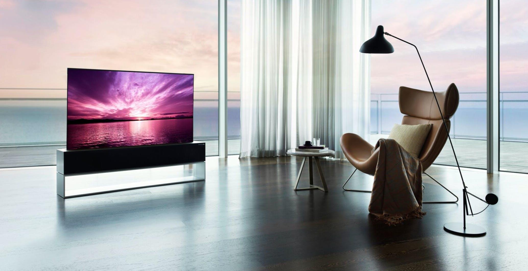 Il primo OLED arrotolabile di LG è un televisore per miliardari