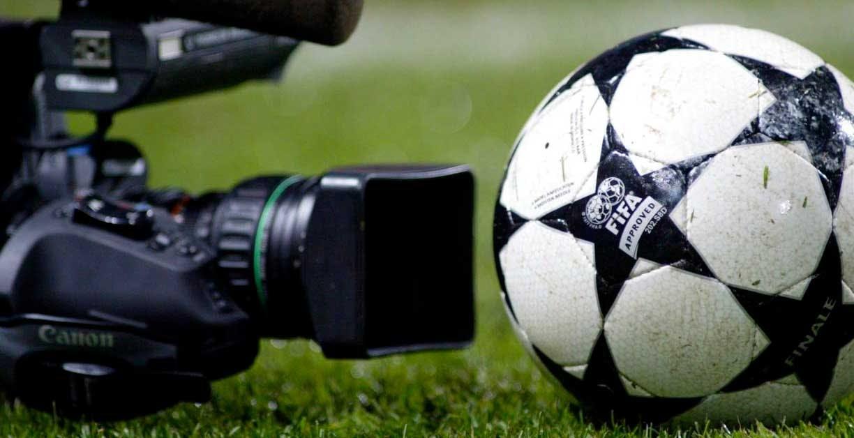 Champions League, i diritti TV per il prossimo trienni nelle mani di Amazon, Sky e Mediaset